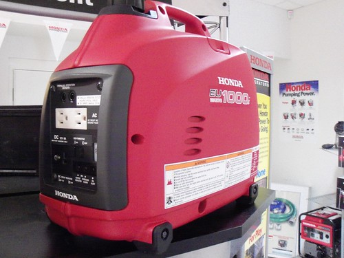 Honda Eu1000i Generator Weighs Less Than 29lbs And Will