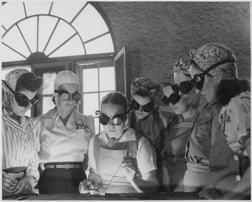 Secretaries, housewives, waitresses, women from all over central Florida are getting into vocational schools to learn war work. | by The U.S. National Archives