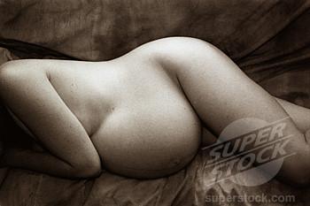 Women naked close uo