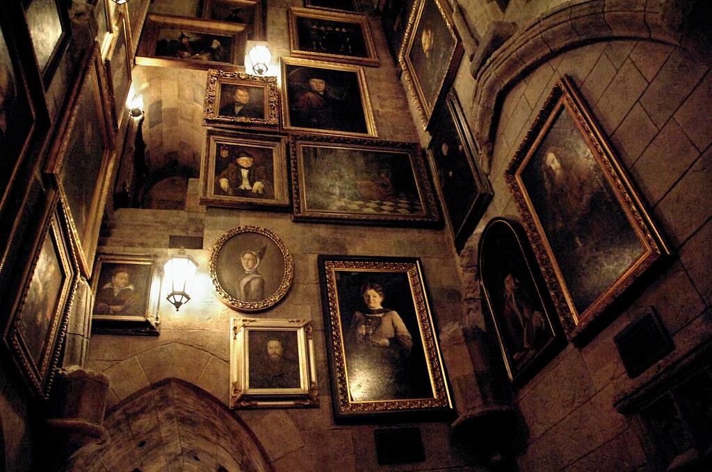 Paintings in Hogwarts_3366
