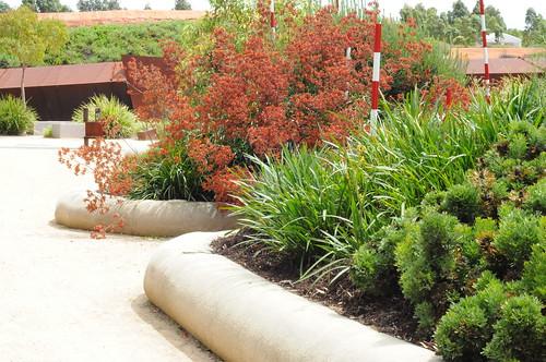Experimental Sustainable Design Australian Garden Cranbour