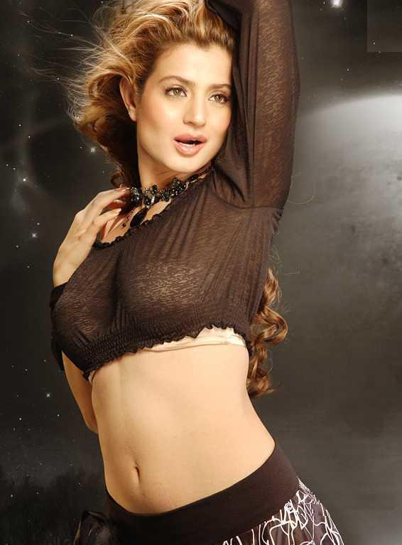 Amisha patel real boobs