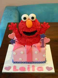 elmo cake pan leila s 1st birthday elmo cake cakes for ruby flickr 3883