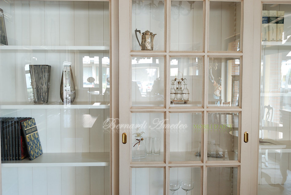 LB63/L2 - Libreria con 3 ante scorrevoli a vetro, laccatur… | Flickr