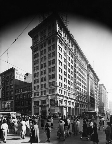 Bank of America, Broadway & 7th (LAPL) | by richardschave