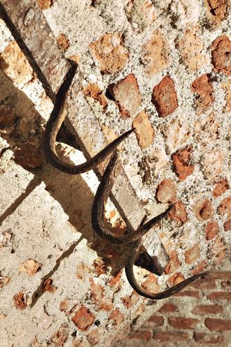 Ganchos ganchos para colgar carne david c lara flickr for Ganchos para colgar