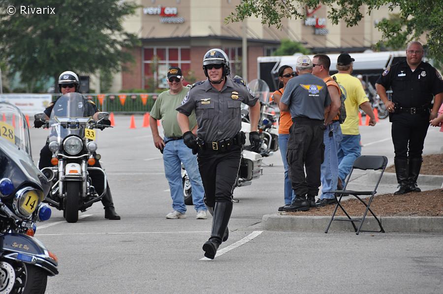 195 Palmetto Rodeo - US Pentagon Police   Racing toward his …   Flickr