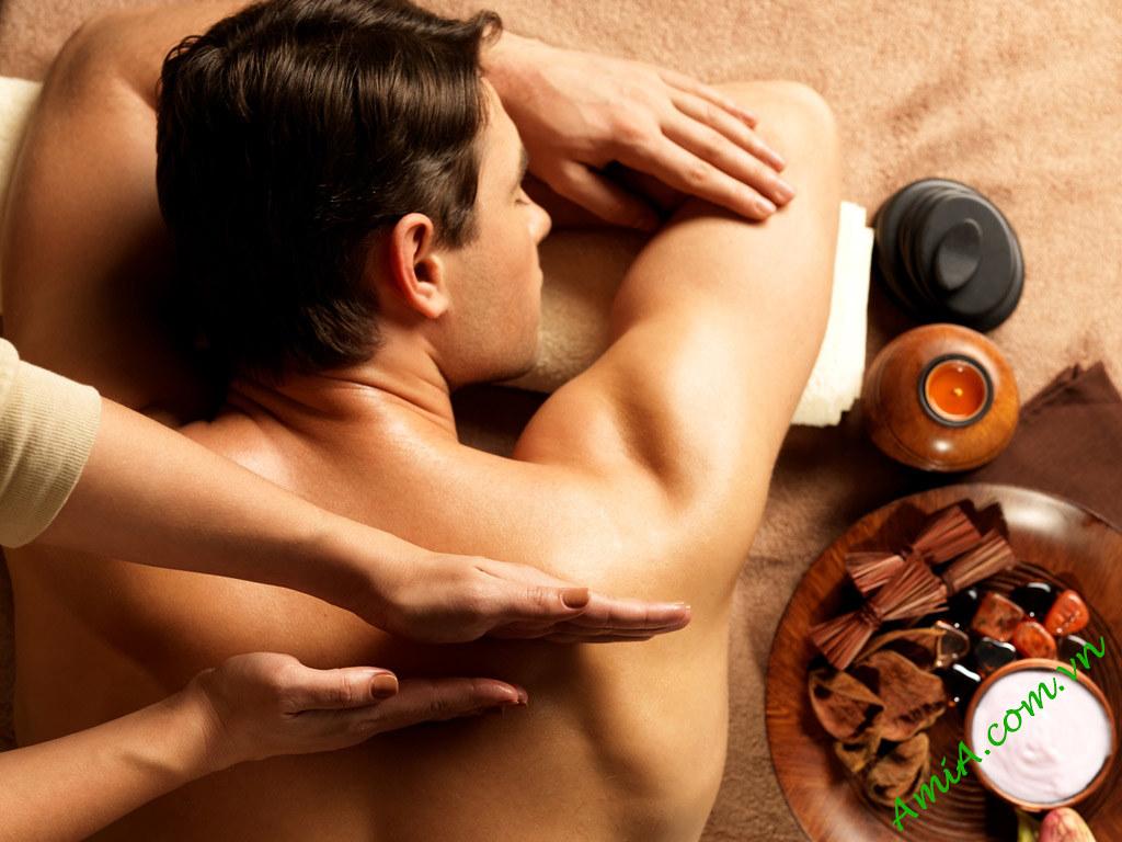 Hinh anh dep massage trang tri spa AmiA