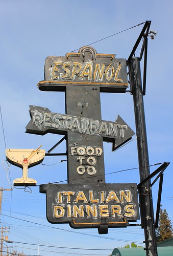 Espanol Restaurant | by Vintage Roadtrip