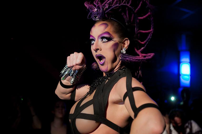 Erotic drag queen
