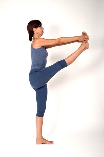 Utthita Hasta Padangusthasana I | Yoga Shakti Ravenna | Flickr