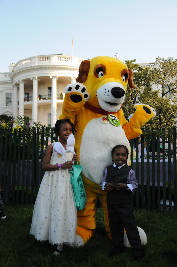 PBS KIDS Characters at the White House Easter Egg Roll ...