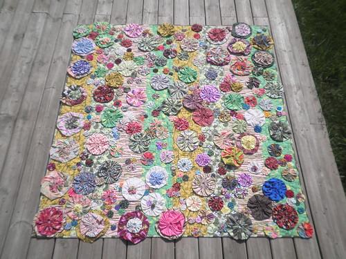Bloom quilt kim lapacek flickr - Karen muir swimming pool kimberley ...