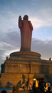 Buddha Statue in the middle of Hussain Sagar Lake | by IndianTinker