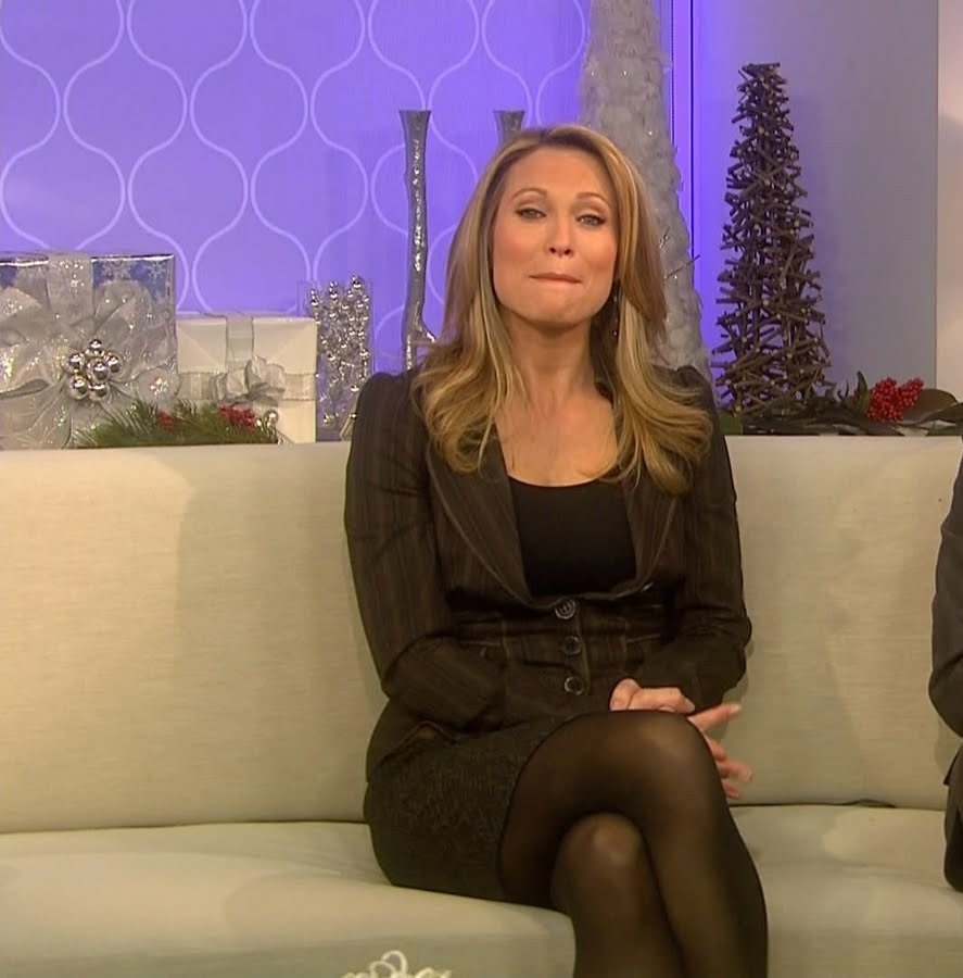 pics Amy robach in pantyhose