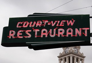 OH, Washington Court House-Court~View Restaurant Neon Sign | by Alan C of Marion,IN
