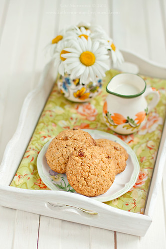 Oatmeal raisin cookies | by Kate Morozova