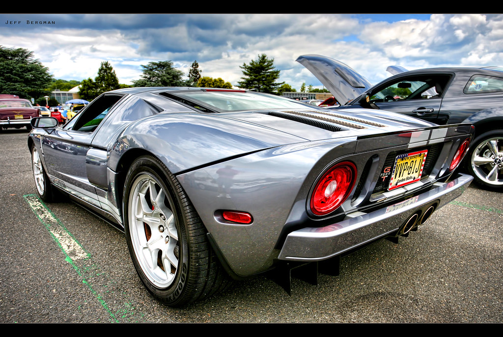 The Ford GT | Inspired from Ford\'s classic GT40 race cars of… | Flickr