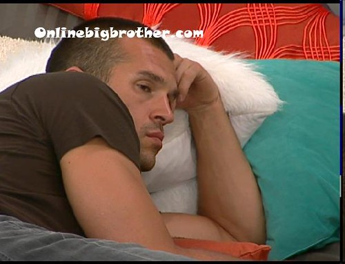BB13-C2-7-8-2011-4_39_35.jpg | by onlinebigbrother.com