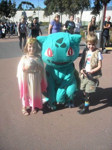 Bulbasaur and the girls | by milkboymedia
