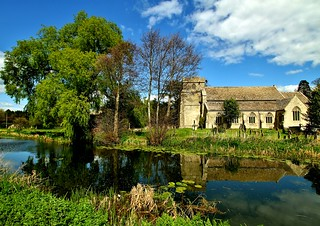 St. Cyr's Church and The Stroudwater Canal at Stonehouse, Glos. | by KPAR Media UK