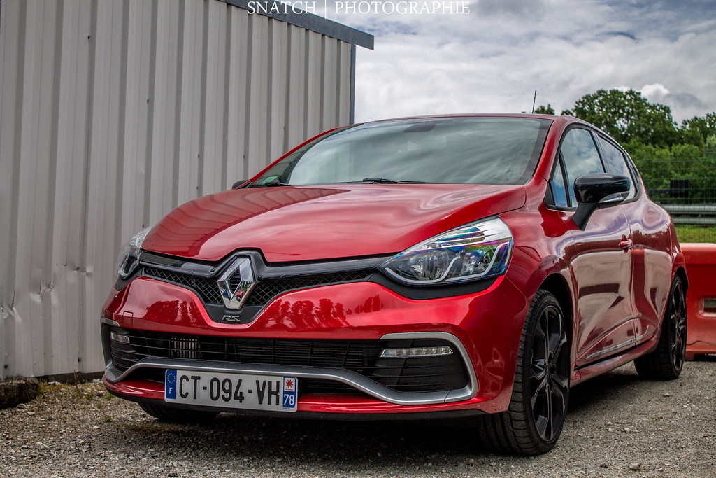 renault clio 4 rs collection 7 wallpapers. Black Bedroom Furniture Sets. Home Design Ideas