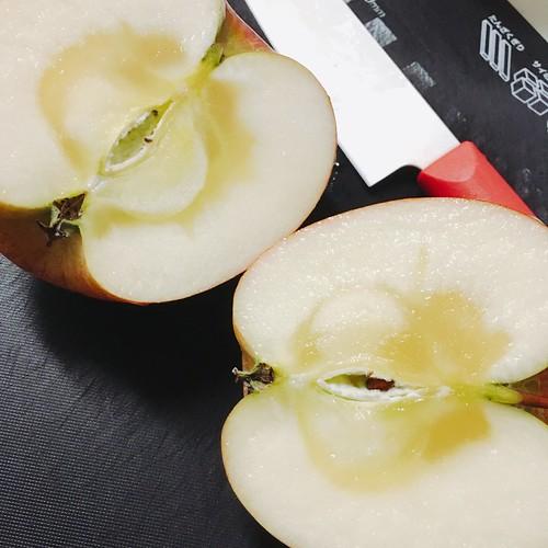 青森産のリンゴ