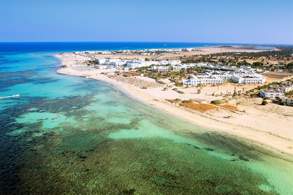 Two confess to murder of European man on Djerba