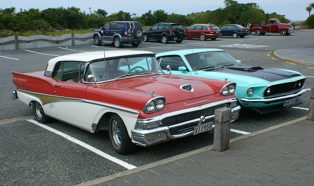 1958 Ford Skyliner And 1969 Ford Mustang At The Kaikour Flickr
