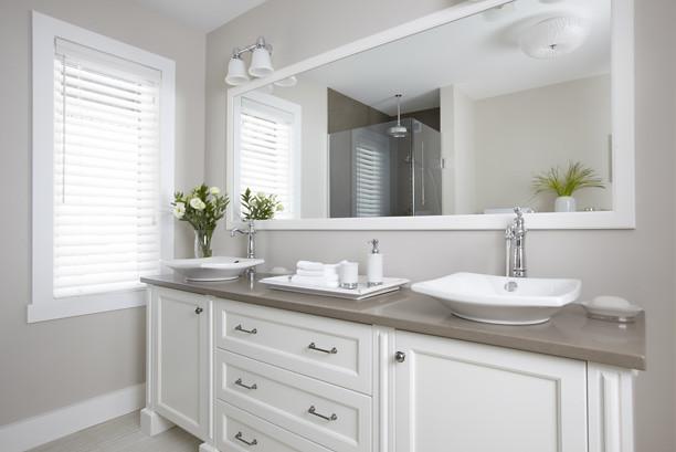 salle de bains classique | armoires de salle de bains de sty? | flickr - Salle De Bain Classique