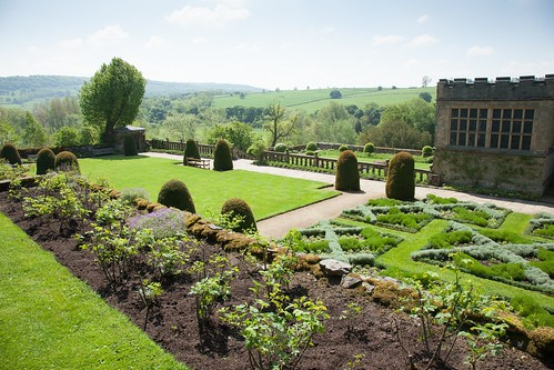Haddon hall garden from the upper terrace garry platt for The terrace hall