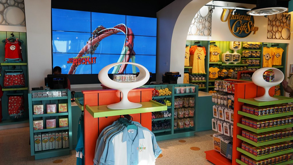 Universal gift shop - Cabana Bay Beach Resort. | Dan Hatfield | Flickr