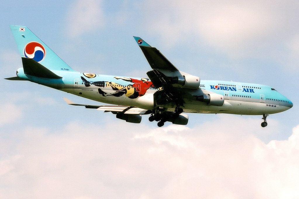 Korean air boeing 747 400 hl7491 world cup 2002 livery flickr london korean air boeing 747 400 hl7491 world cup 2002 livery london publicscrutiny Images