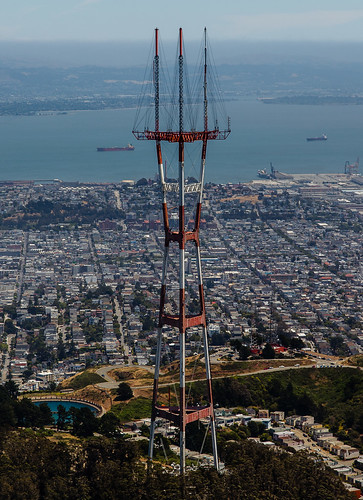 Sutro Tower | by bearontheroof