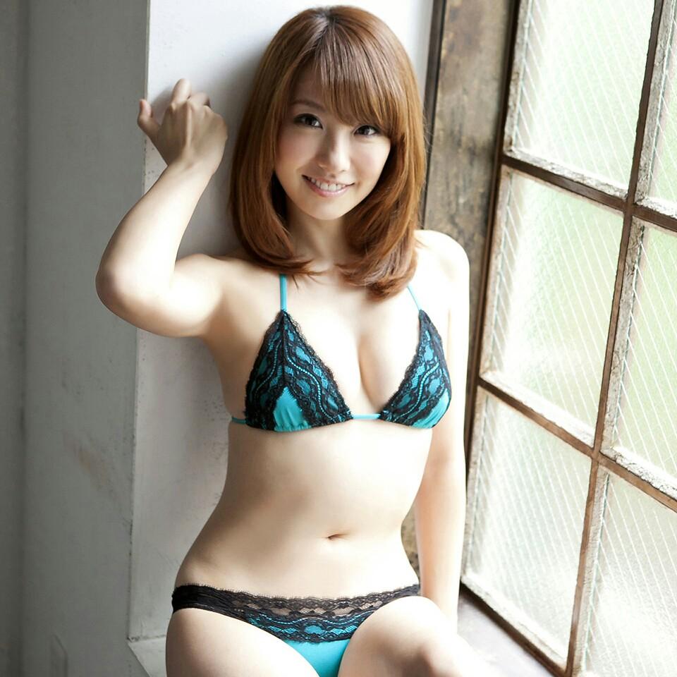 Azusa Yamamoto (b. 1981)