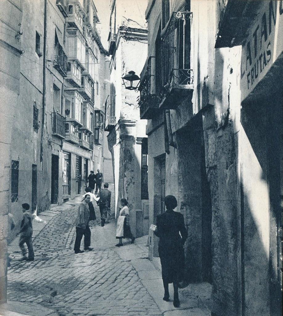 Calle de Tornerías, esquina Solarejo y Cuesta de Portugueses en Toledo en la primavera de 1955. Fotografía de Cas Oorthuys © Nederlands Fotomuseum, Rotterdam