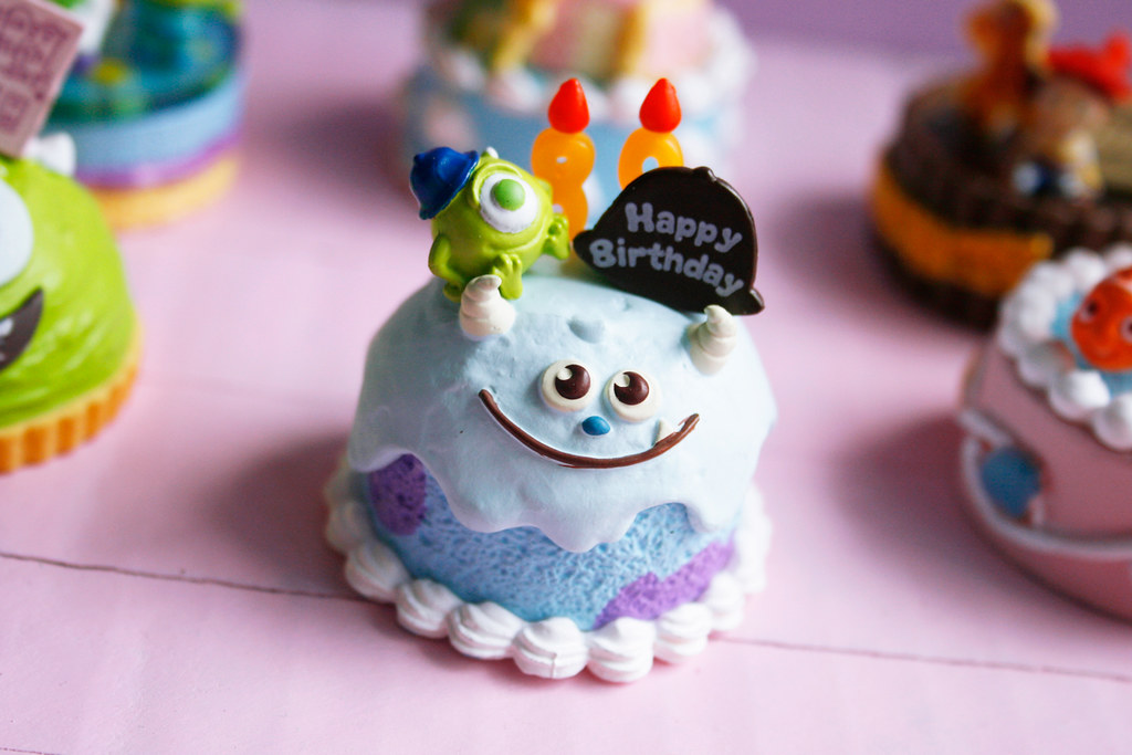 Pixar Birthday Cakes In Love With This Serie Too 3 Flickr