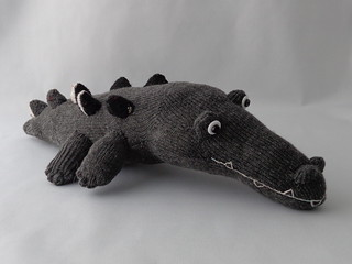 Crawing Crocodile | by Sock Sock World