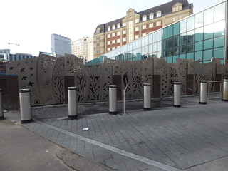 Birmingham New Street Station - new sculpture at the corner of Navigation Street and Pinfold Street | by ell brown