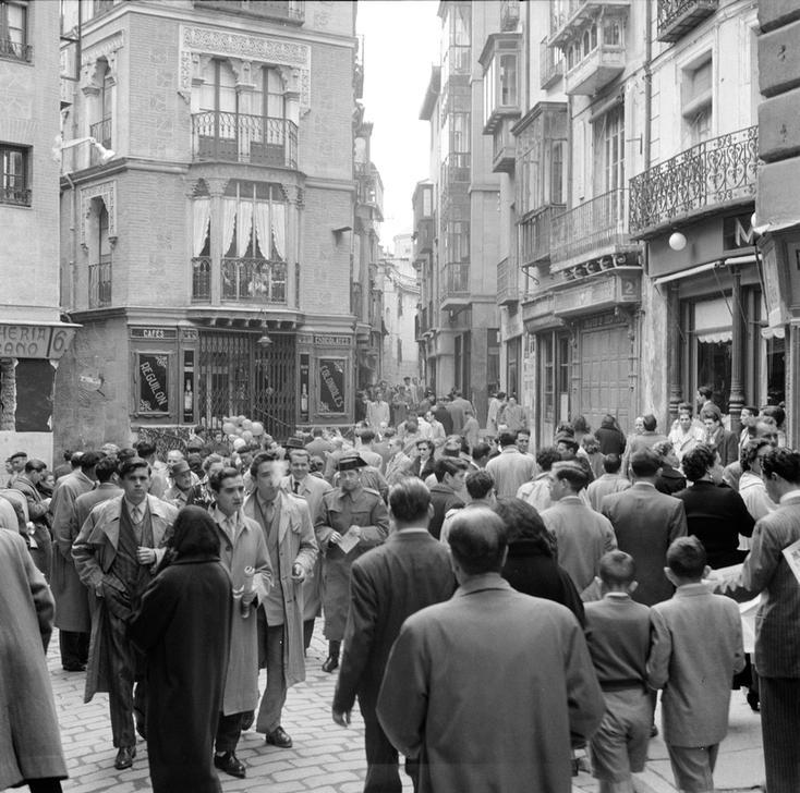 Toledo (Plaza de las Cuatro Calles) en 1949 fotografiado por Paul Almásy © AKG Images