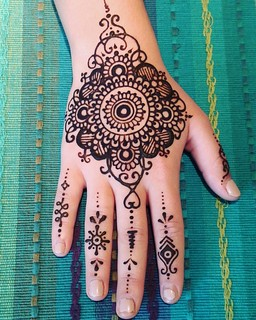 #kauaihenna #kapaa  #wailuahomesteads#Hawaii #mandala #henna #art #today #inspired by #mehndi found on Pinterest. | by Henna Kauai