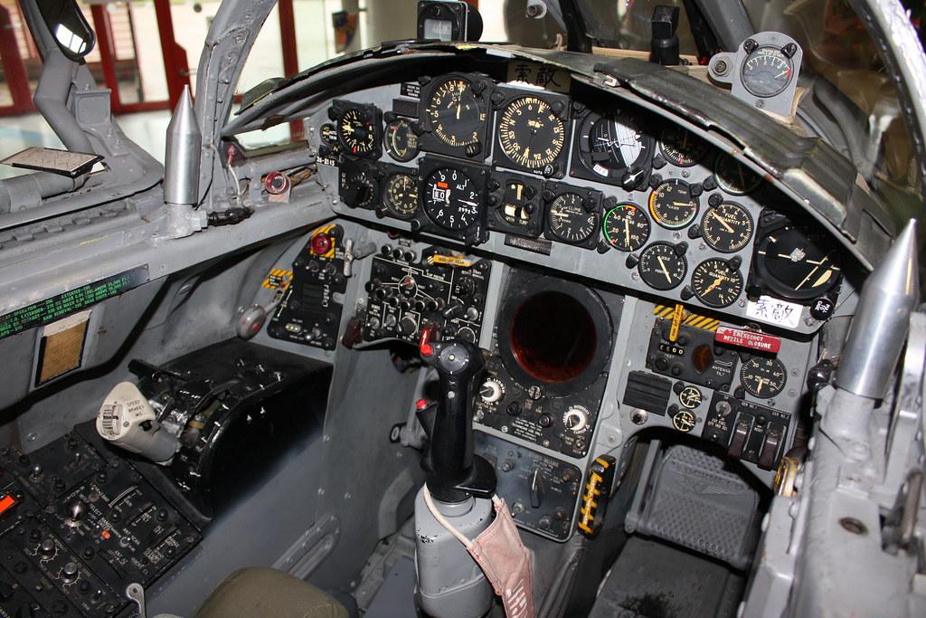 F-104J戦闘機 コックピット IMG_...