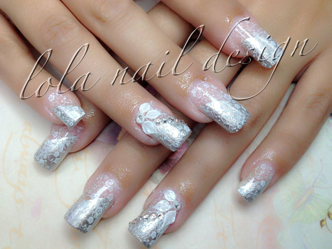 Silver Acrylic Nails With 3d Flower Design Anna Nails Flickr