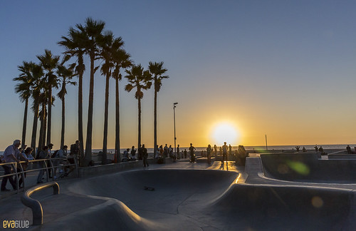 venice beach skateboarding 21 | by Eva Blue