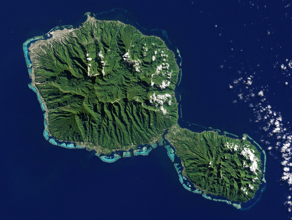 Tahiti french polynesia the enhanced thematic mapper plus flickr tahiti french polynesia by nasa goddard photo and video gumiabroncs Image collections