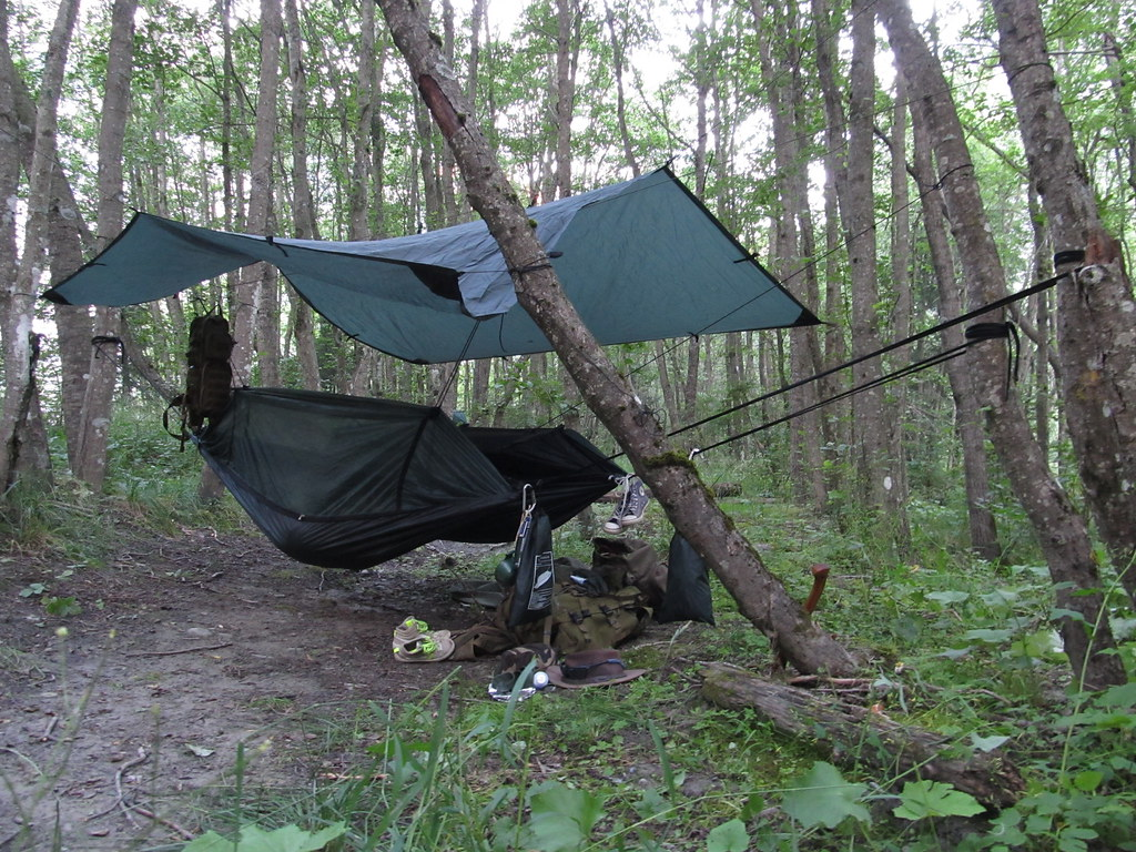 Medium image of     dd tarp 3x3  u0026 2 hammocks   by iedereen naar buiten