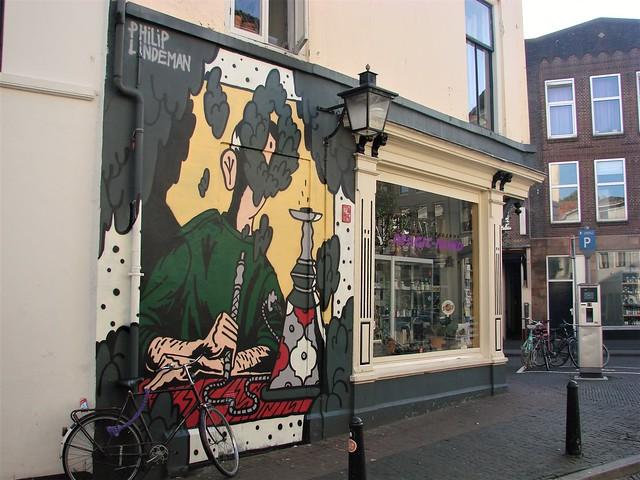 headshop mural