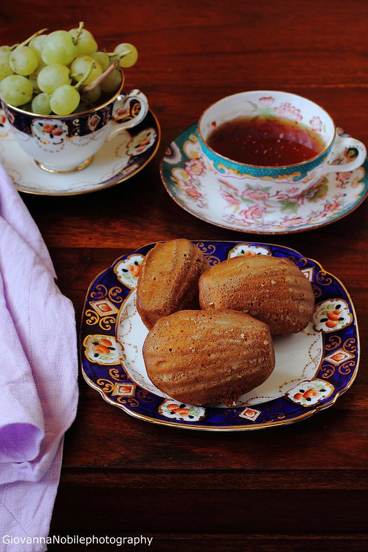 Ricetta delle madeleines con formaggio emmentaler e nocciole