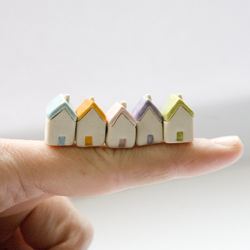 https://www.etsy.com/listing/97752962/miniature-clay-houses-five-ceramic?listing_id=97752962&listing_slug=miniature-clay-houses-five-ceramic | by Diana Parkhouse