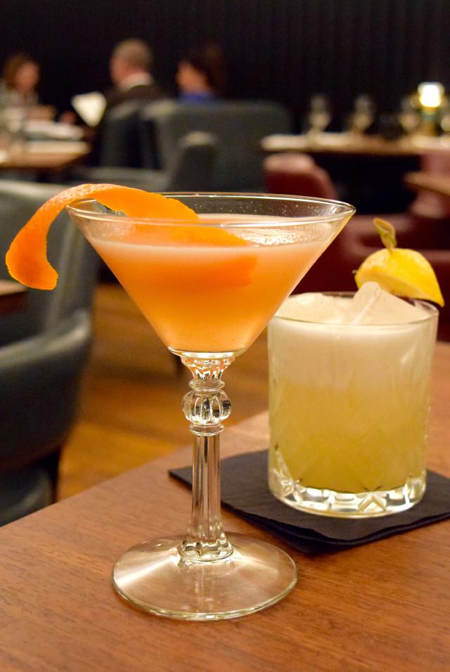 Cocktails at Hawksmoor, Knightsbridge | www.rachelphipps.com @rachelphipps